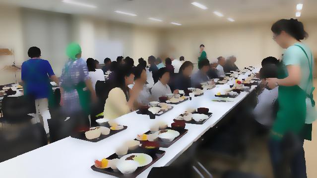 ~まじわーる会食会~  食事作りでヘルスメイトが活躍