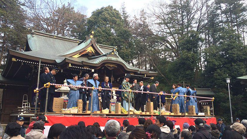 馬絹神社節分祭の様子